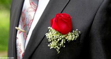 Fiore All' Occhiello Rosso