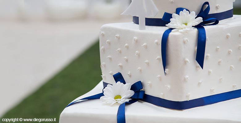 La torta quadrata fotografo matrimonio napoli diego for Piani a forma di l per piccoli lotti