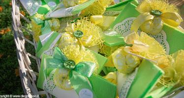 fazzoletti gialli e verdi