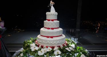 Wedding cake - decorazioni in rosso