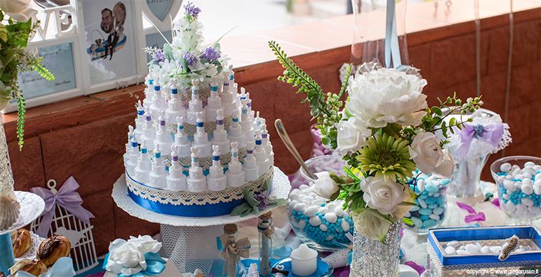 Tavolo per la confettata a casa della sposa fotografo - Confettata matrimonio a casa ...