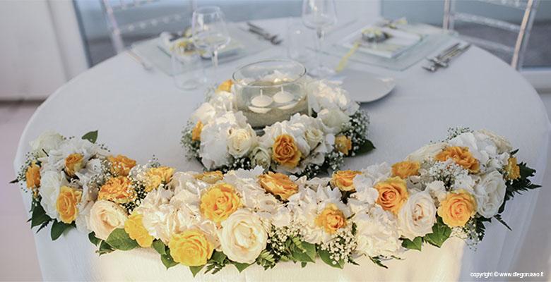 Tavolo degli sposi decorazioni floreali fotografo matrimonio