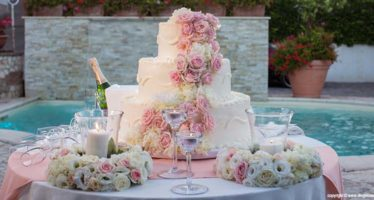 Wedding: Una torta di rose