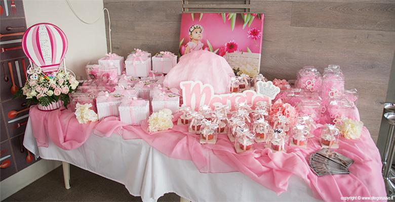 Il tavolo delle bomboniere fotografo matrimonio napoli - Addobbi tavolo battesimo ...