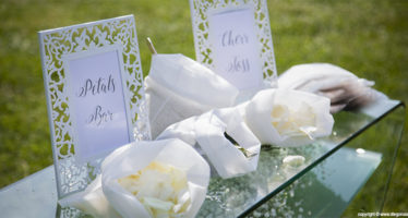 Sposi: petali o riso?
