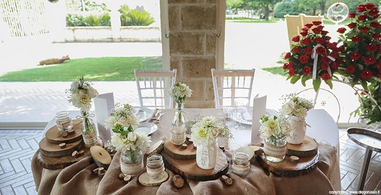 Stile shabby: il tavolo degli sposi