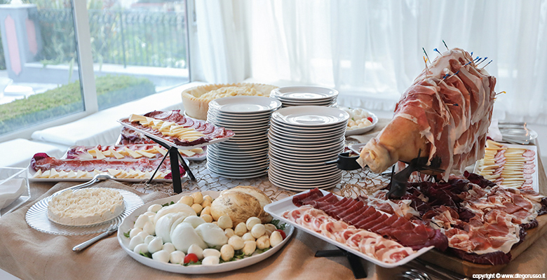 Wedding buffet: l'angolo salumi