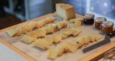 Assaggi gourmet: formaggi e marmellata