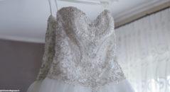L'abito da sposa: perline e swarovski