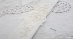 Decorazioni per l'abito da sposa