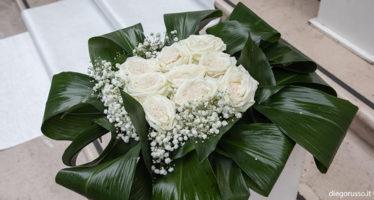 Lancio di buon augurio: una rosa di riso