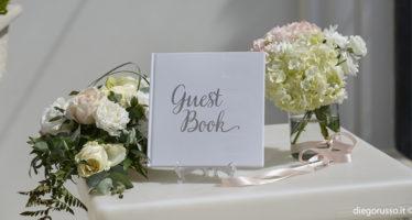 Guest book: scrivici una dedica