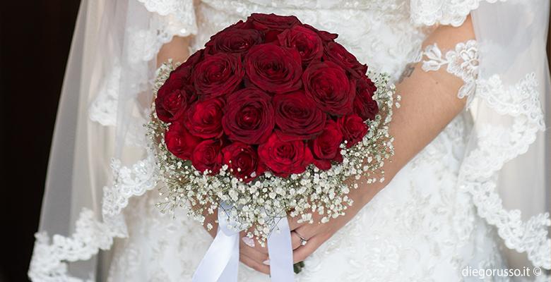 Bouquet Sposa Rose Rosse.Bouquet Di Rose Rosse Fotografo Matrimonio Napoli Diego Russo