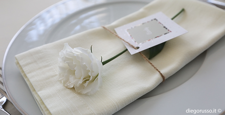 Segnaposto Fiori Matrimonio.Un Fiore Come Segnaposto Fotografo Matrimonio Napoli Diego