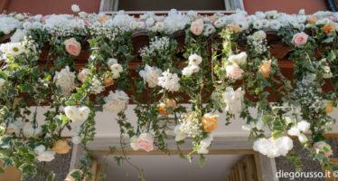 Wedding: cascata di fiori