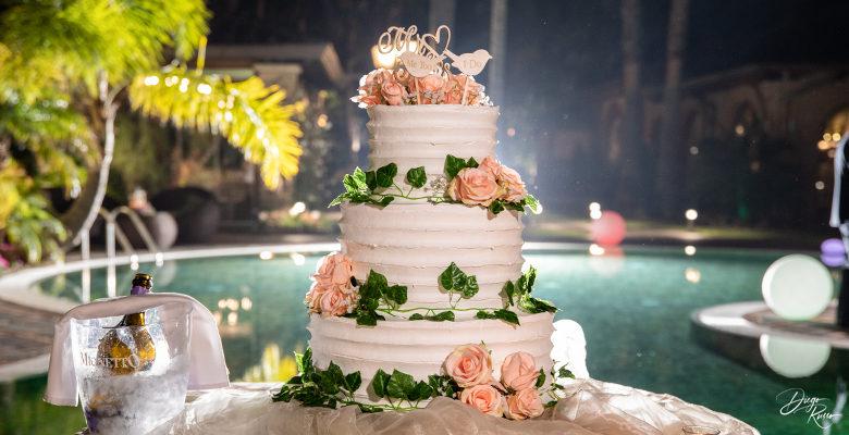 Torta nuziale romantica