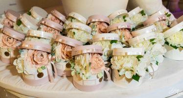 Bomboniere matrimonio: scatole con fiori