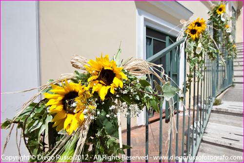 Matrimonio Coi Girasoli : Addobbo matrimonio con anfore di girasoli di il fiore dei fiori